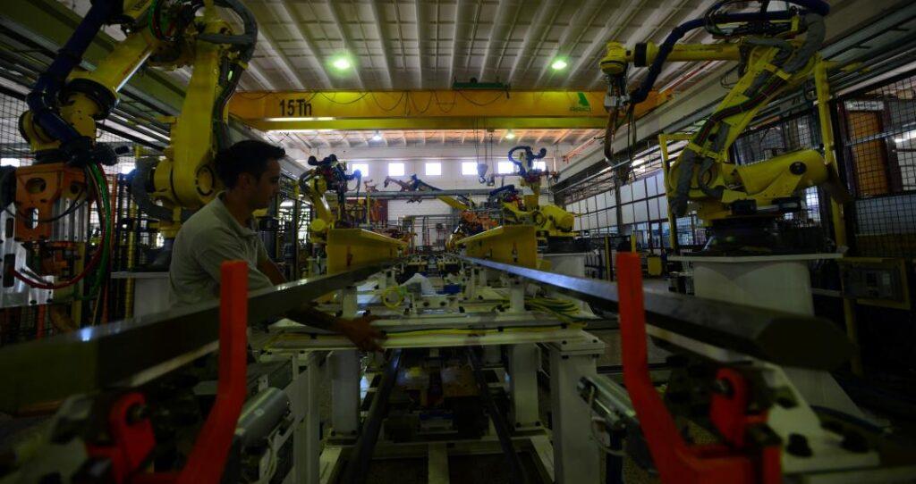 """Proveedores: automotrices de Córdoba aceleran el """"compre nacional"""